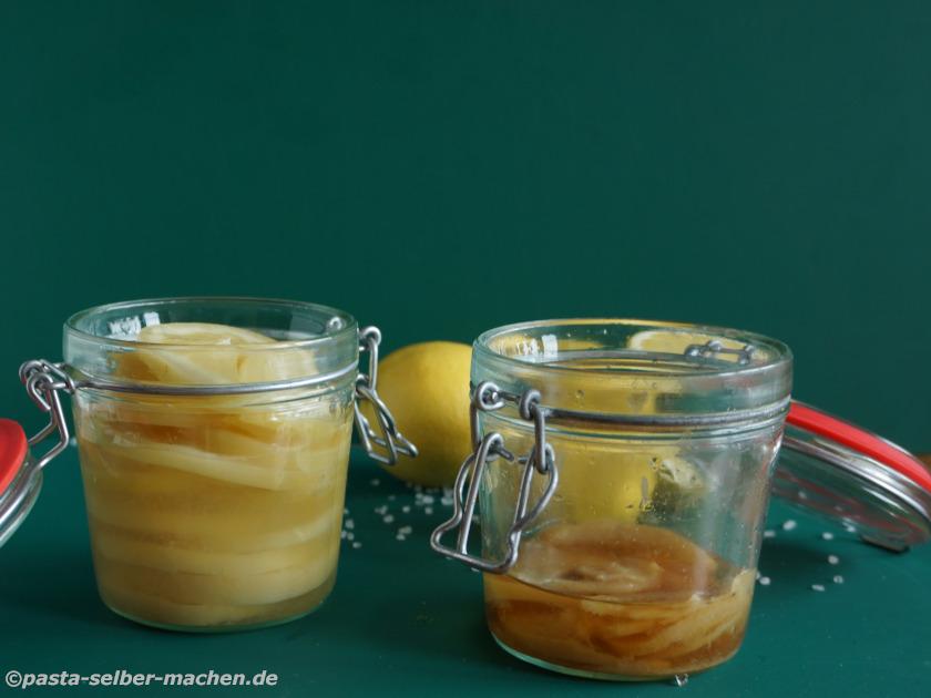 Frisch aufgesetzte Salzzitronen
